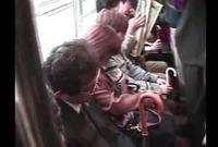 【掘り出し】電車の中でされた卑猥な行為☆女をロックオン!