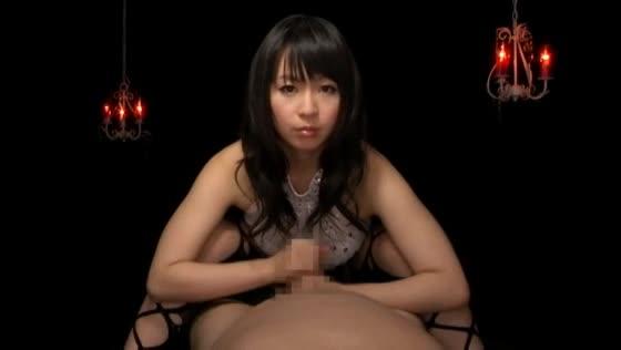 【羽月希】淫語のスゴイ巨乳痴女が緩急をつけた手コキでチンポを責め続ける主観映像